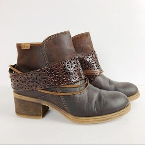 Pikolinos Brown Leather Ankle Boots